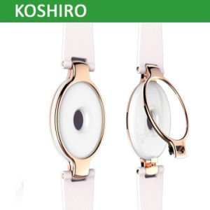 2017 Fashion Ladies Bluetooth Smart Watch with Pedometer pictures & photos