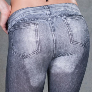 Hot Sale Seamless Different Size Sexy Leggings pictures & photos