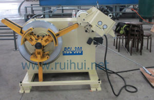 Have The Four Point in Turbine Type Adjustment Device Is The Uncoiler Straightener (RGL-300) pictures & photos