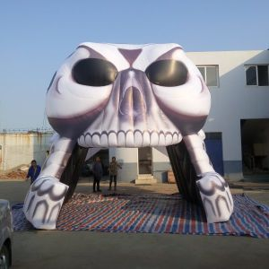 Inflatable Sports Skull Tunnel Dome for Sale pictures & photos