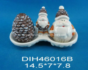 Hand-Painted Ceramic Salt&Pepper Shakers with Santa Handle pictures & photos
