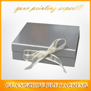 Gift Box with Ribbon Closure pictures & photos