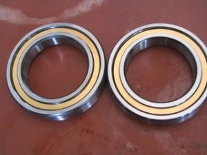 Professional Manufactured Tapered Roller Bearing 32212 pictures & photos