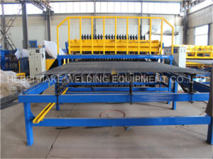 Steel Reinforced Welded Wire Mesh Panel Fence Machine Factory pictures & photos