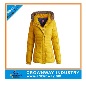Lightweight Outdoor Padded Jacket for Women pictures & photos