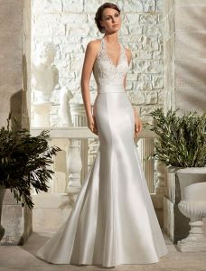 New Arrival Halter Lace Wedding Dress Satin Bridal Gown pictures & photos