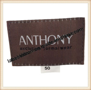 OEM Cloth Brand Woven Label pictures & photos