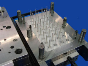 PP 16cavity Hot Runner Straight Tube Plastic Injection Mould pictures & photos