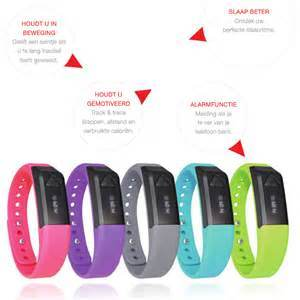 Good Quality Smart Sports Health Bracelet, Bluetooth Health Wristband pictures & photos