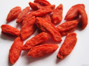 Low-Pesticide Goji Berry From China Origin (160/220/350) pictures & photos