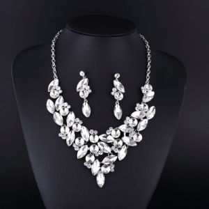 New Style Classical Clear Crystal Silver Plating Necklace pictures & photos