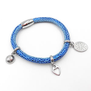 Factory Direct Stingray Leather Bracelet with Custom Made Charms pictures & photos