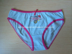 Cute Picture Print Cotton Girl Brief Underwear pictures & photos