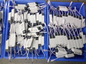 Professional Factory Made EMC 18W 300mA LED Panel Light Driver pictures & photos