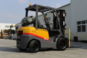 Imported Japanese Engine 3.5t LPG Forklift Sell Well in Dubai pictures & photos