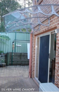 DIY Garden House Cover with Polycarbonate Sheet and Plastic Support pictures & photos