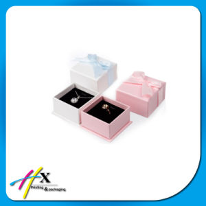 Sweet Custom Paper Jewelry Box with Velvet Lining pictures & photos