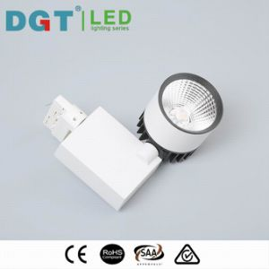 Home Lighting 30W Optical Lens Project LED Tracklight pictures & photos