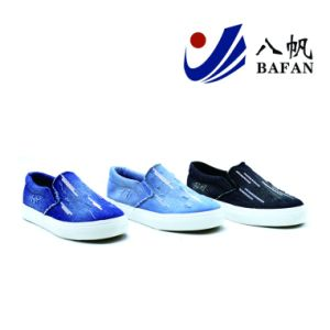 Washed Demin Upper Canvas Shoes Bf1701533 pictures & photos