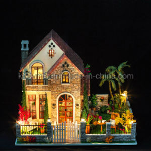 2017 New Miniature Model Wooden Kids Dollhouse DIY Toy pictures & photos