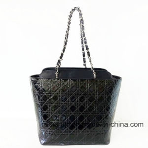 Trendy Fashion Lady PU Emrboidery Handbags with Chain (NMDK-052703) pictures & photos