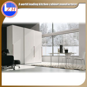 Modern Sliding Wardrobes for Home Bedroom Furnitures (customized) pictures & photos