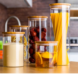 Borosilicate Glass Storage Jar with Bamboo Lid and Silicone Ring for Kitchen pictures & photos