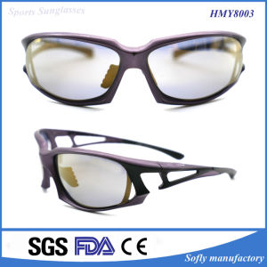New Designer Fashion Plastic Sports Sunglass for Unisex pictures & photos