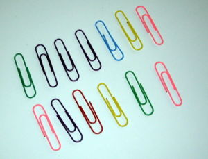 25mm Colored Paper Clips (1201) pictures & photos