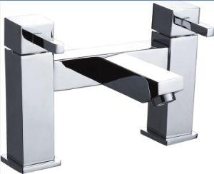 UK Type Bath Tub Faucet Bathtub Mixer pictures & photos