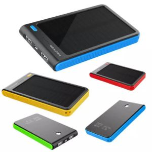 8000mAh Portable Dual USB Shockproof Solar Power Bank pictures & photos