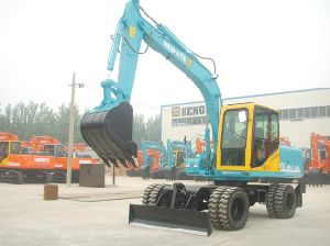 Excavator (HTL120A-2x4) pictures & photos