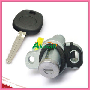 for Toyota Carola Toy43 Auto Tail Door Lock pictures & photos