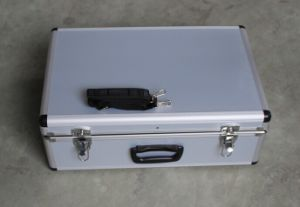 Aluminum Case with Should Strap for Transporting and Carrying Tools pictures & photos