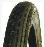 Nature Rubber High Quality Motorcycle Tire pictures & photos