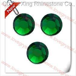 124 Emerald Rhinestone