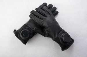Tactical Gloves pictures & photos