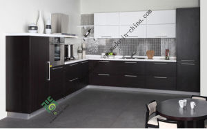 Custom Made Melamine Kitchen Cabinet (zs-112) pictures & photos