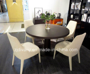 Modern Style Fabric Seating Chair (C-58A) pictures & photos