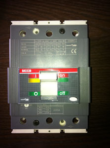 Molded Case Circuit Breaker MCCB at 125A /250A/ 800A / pictures & photos
