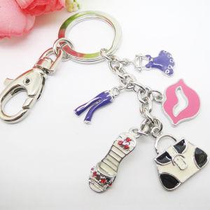 Heart Metal Keychain / Custom Shaped Logo Keychain pictures & photos