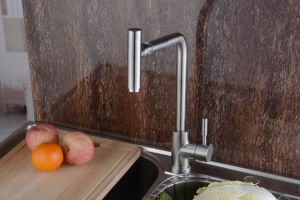 304 Stainless Steel Kitchen Faucet with 360 Swivel Spout (HS15004) pictures & photos