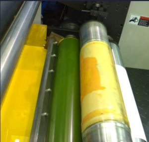 Roll to Roll Sticker Flexo Label Printing Machine pictures & photos