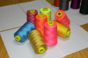 Colored Sewing Thread 40/2 5000m pictures & photos