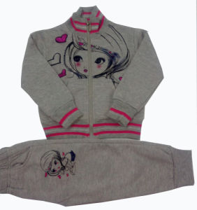 Fashion Girl Cardigans in Winter Hoodies Children Clothes Swg-128 pictures & photos