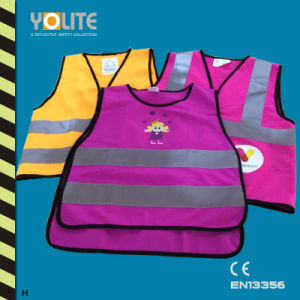 High Visibility Reflective Children Vest with CE En13356 for Sport pictures & photos