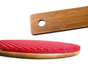 Heat Resistant Table Tennis Bat Shaped Silicone Pot Holder Trivet Mat pictures & photos