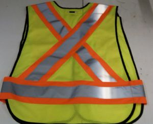 Clothing Manufacturing Companies 2015 New Design Safety Vest pictures & photos