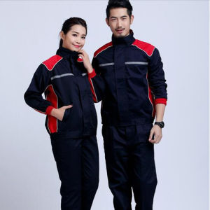 China Garments Manufacturer′s Men′s Work Uniforms pictures & photos