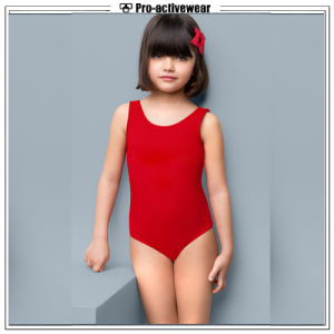 2017 New Arrival Girls Kids Swimwear pictures & photos